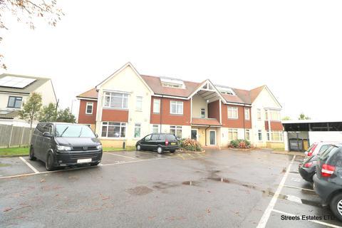 2 bedroom flat to rent - Pickford Road, Bexleyheath DA7