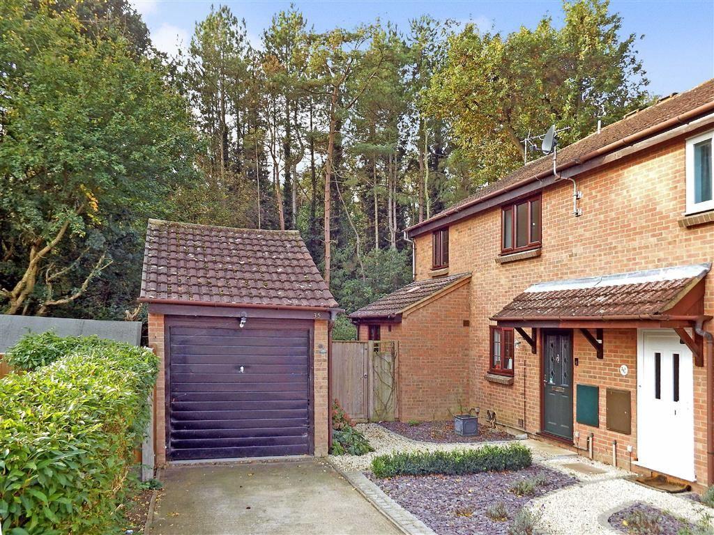 3 Bedrooms Semi Detached House for sale in Downlands, Stevenage, Hertfordshire, SG2