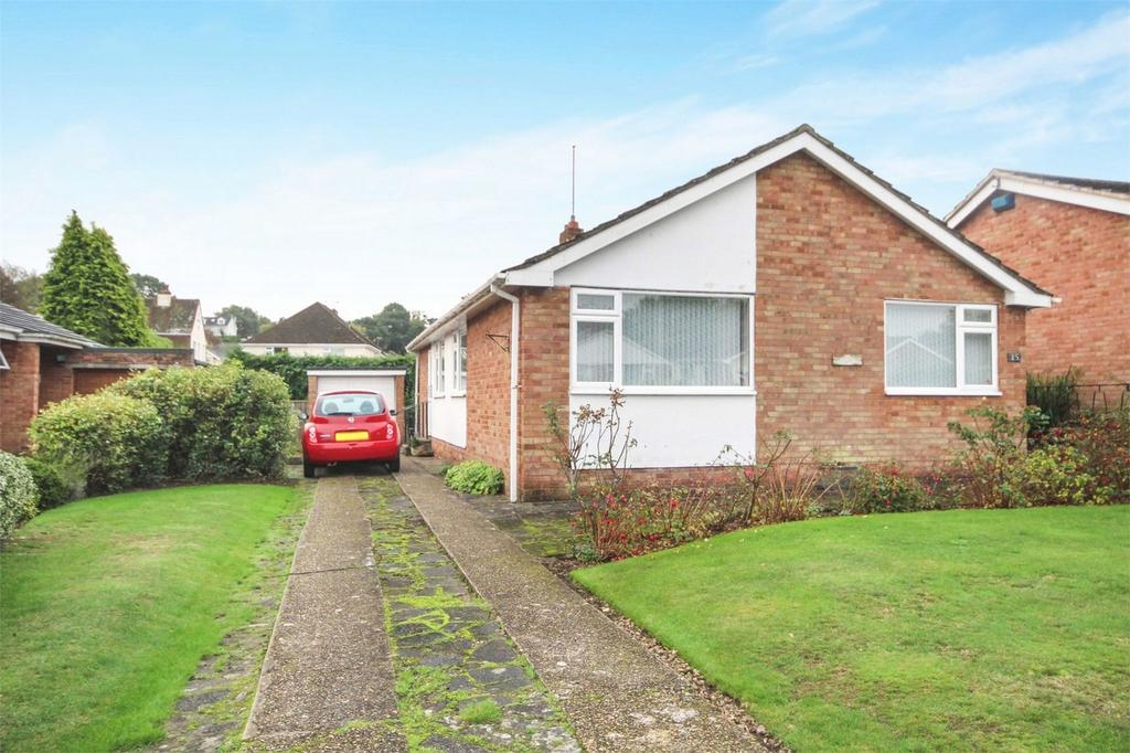 3 Bedrooms Detached Bungalow for sale in Winston Gardens, Branksome, Poole, Dorset