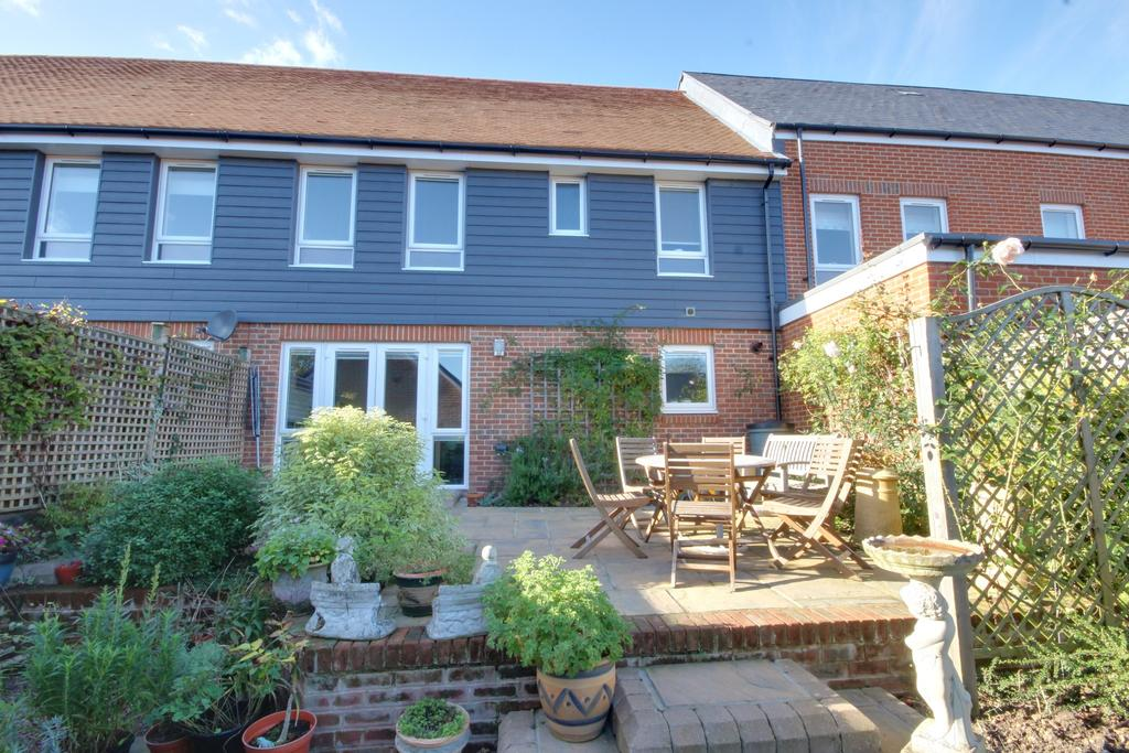 4 Bedrooms Terraced House for sale in St Michaels Place , Waterlooville