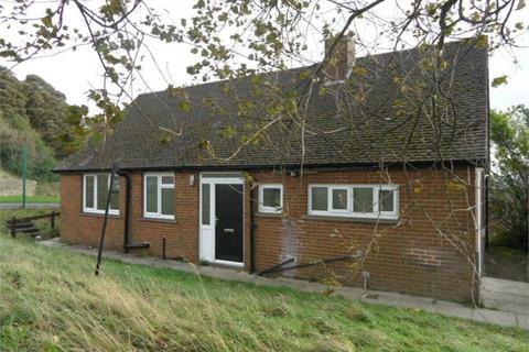 3 bedroom detached bungalow to rent - Beacon Road, BRADFORD, West Yorkshire