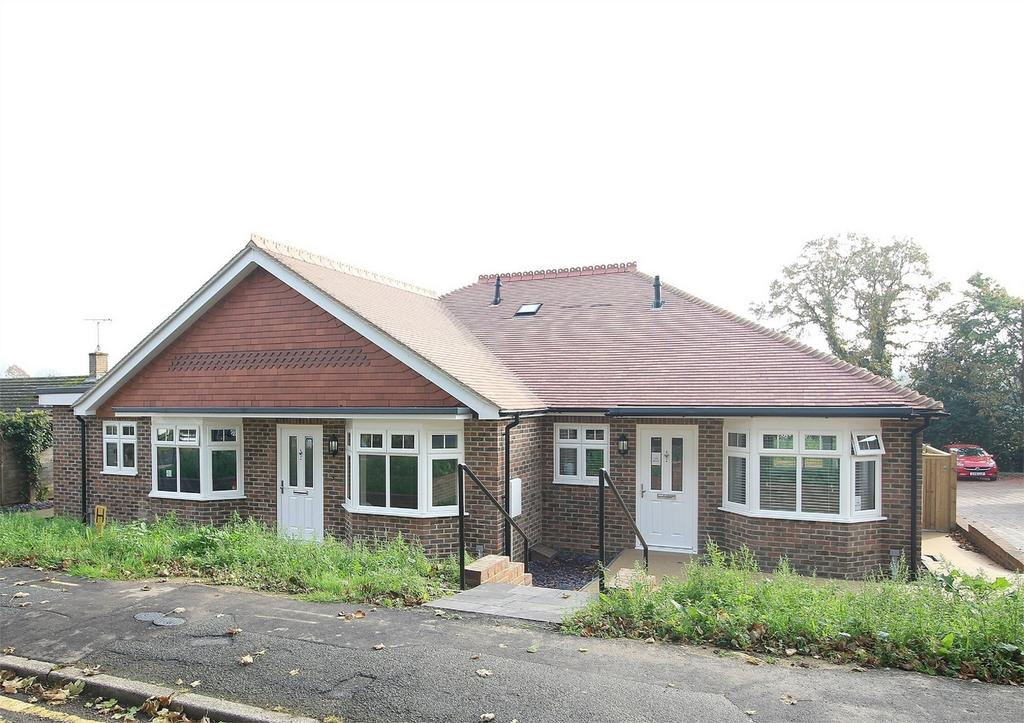 1 Bedroom Terraced Bungalow for sale in Grange Road, Uckfield, East Sussex