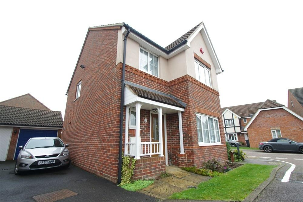 3 Bedrooms Detached House for sale in Halifax Close, Leavesden, Watford, Hertfordshire