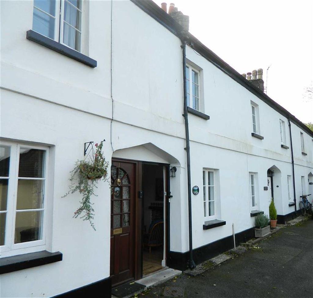 2 Bedrooms Semi Detached House for sale in Orchard Terrace, Totnes, Devon, TQ9