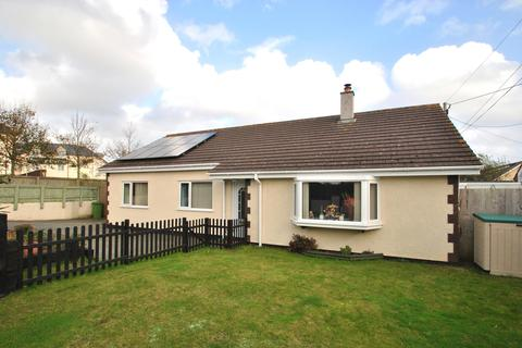 3 bedroom bungalow for sale - South Way, Quintrell Downs