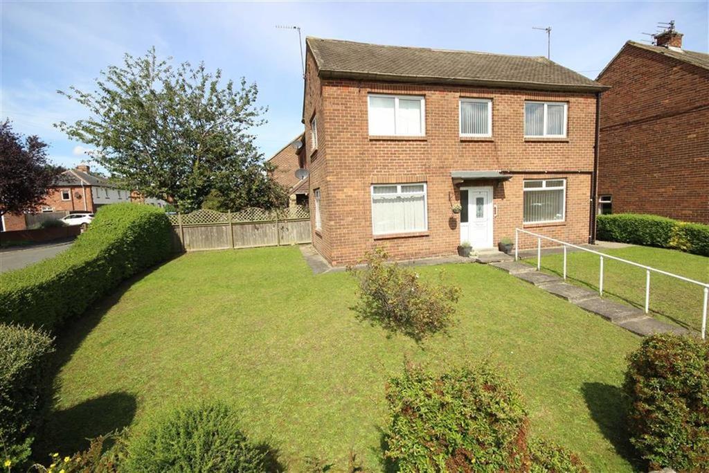 3 Bedrooms Semi Detached House for sale in Burnside, Jarrow, Tyne Wear