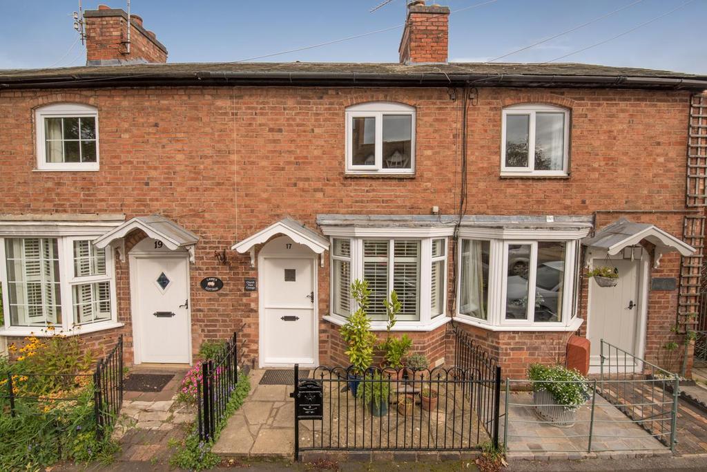 1 Bedroom Terraced House for sale in Church Street, Wellesbourne, Warwick