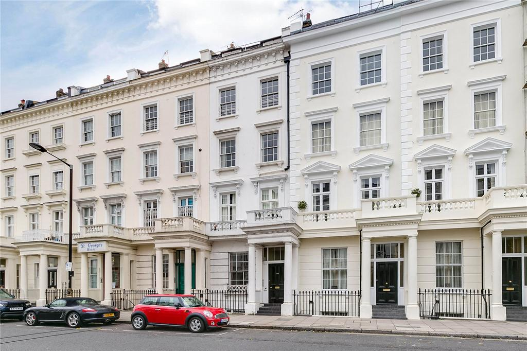 1 Bedroom Flat for sale in St Georges Drive, London