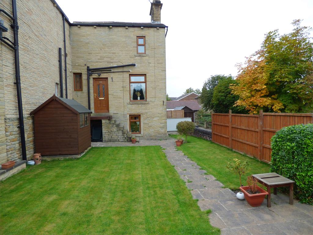 4 Bedrooms Terraced House for sale in Halifax Road, Hightown, Liversedge, West Yorkshire, WF15
