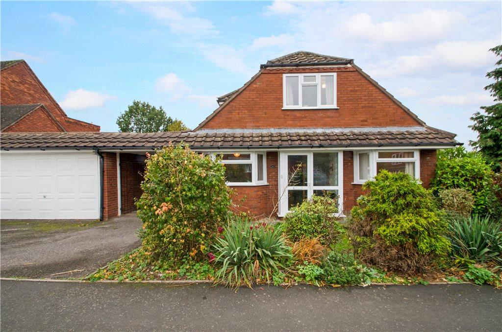 4 Bedrooms Detached Bungalow for sale in St Josephs Close, Droitwich, Worcestershire, WR9