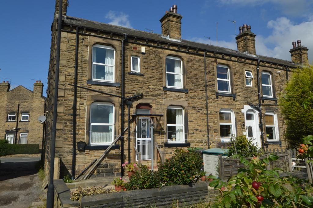 2 Bedrooms Terraced House for sale in Fountain Street, Morley, Leeds