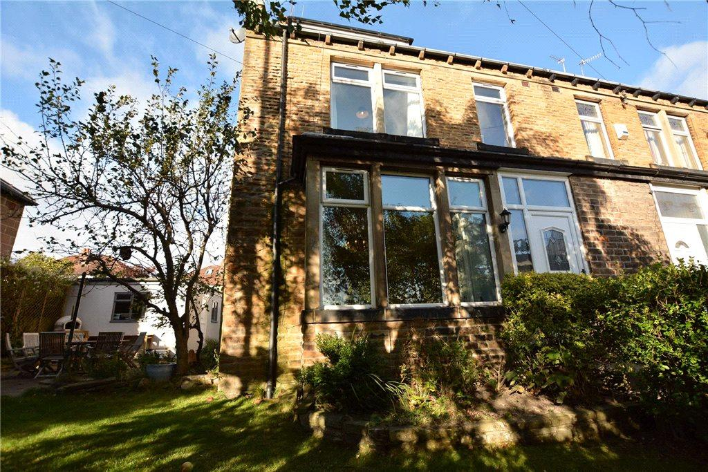 4 Bedrooms Terraced House for sale in Old Road, Farsley, Pudsey, West Yorkshire