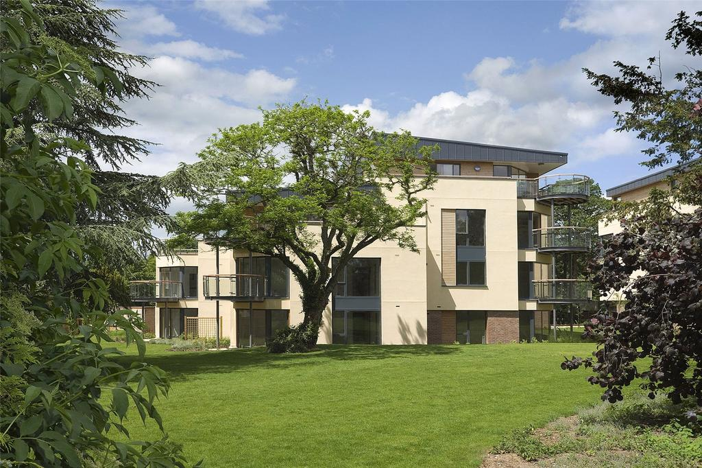 2 Bedrooms Apartment Flat for sale in Meridian Gardens, Bury Road, Newmarket, Suffolk, CB8