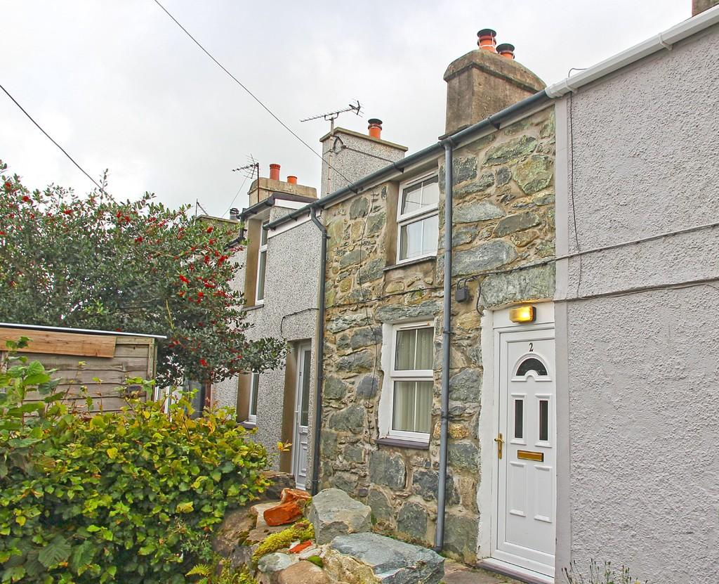 1 Bedroom Cottage House for sale in Tanrallt, Llanllechid, North Wales