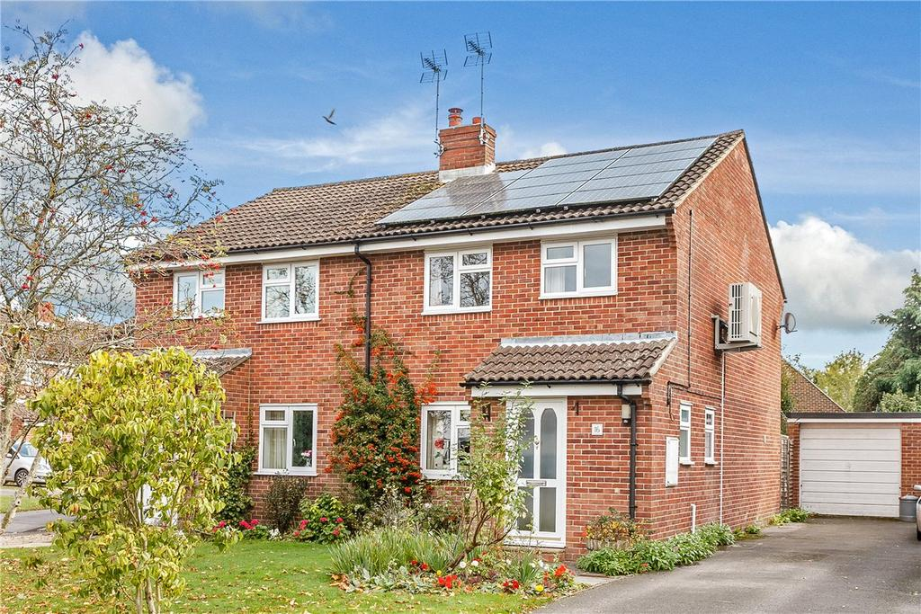 3 Bedrooms Semi Detached House for sale in The Paddock, Urchfont, Devizes, Wiltshire, SN10