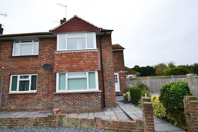 2 Bedrooms Flat for sale in Ferringham Lane, Ferring, West Sussex, BN12 5LT
