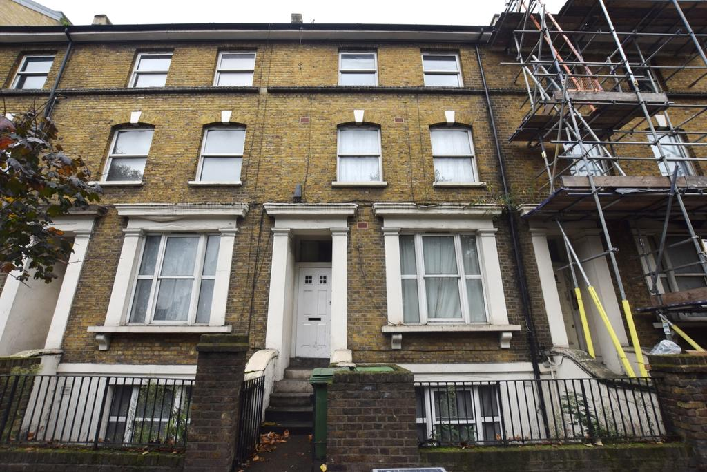 1 Bedroom Flat for sale in Camberwell New Road Camberwell SE5