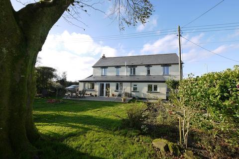 5 bedroom detached house for sale - Venn Green, Holsworthy