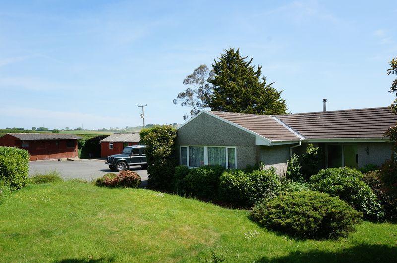 3 Bedrooms Detached Bungalow for sale in Vollards Lane, Saltash