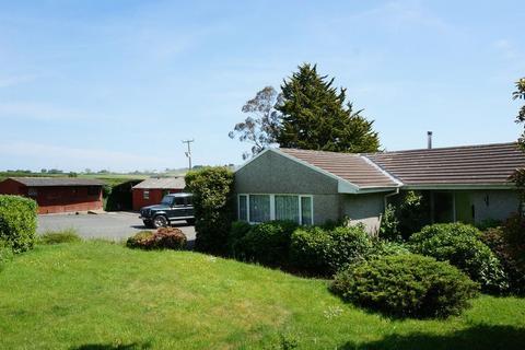 3 bedroom detached bungalow for sale - Vollards Lane, Saltash