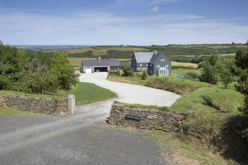 8 Bedrooms Detached House for sale in Week St. Mary, Cornwall