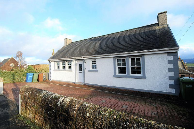 3 Bedrooms Detached Bungalow for sale in 9A Barns Terrace, Maybole, KA19 7EP