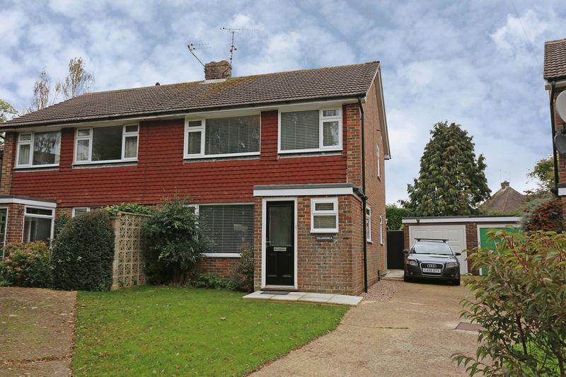 4 Bedrooms Semi Detached House for sale in London Lane, Cuckfield