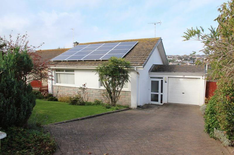 3 Bedrooms Detached Bungalow for sale in Treforda Road, Newquay