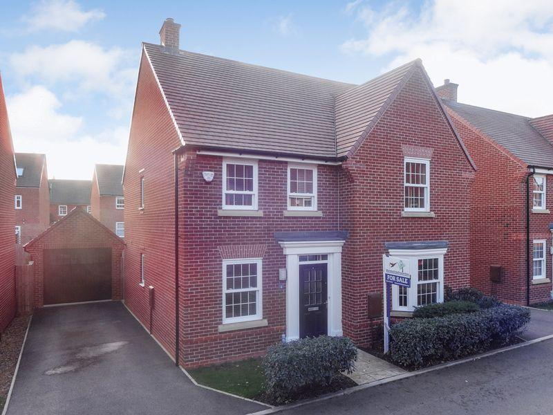 4 Bedrooms Detached House for sale in Little Beanhills, Marston Moretaine