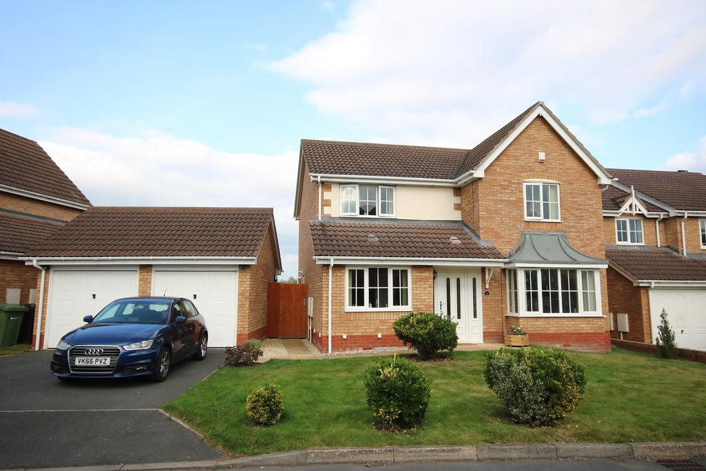 4 Bedrooms Detached House for sale in Morville Close, Belmont, Hereford, HR2