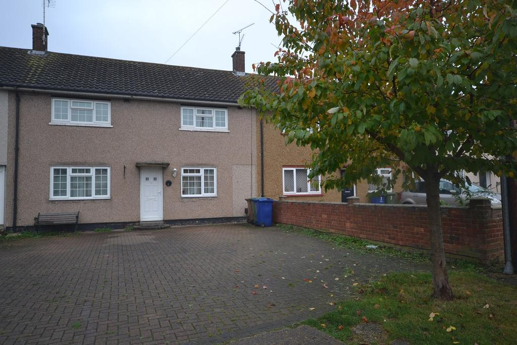 3 Bedrooms Terraced House for sale in Crofton Avenue, Corringham, Stanford-le-Hope, SS17