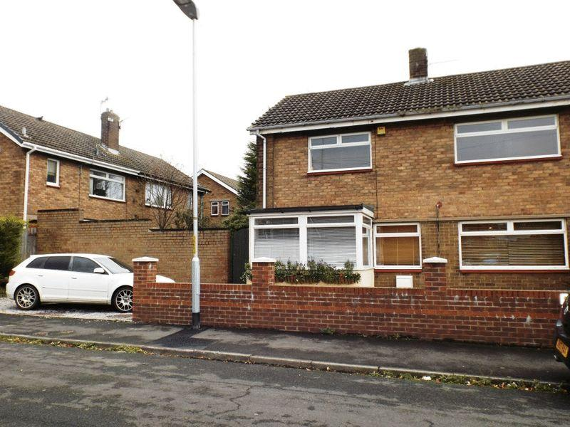 3 Bedrooms Semi Detached House for sale in Shadfen Crescent, Pegswood