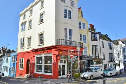 2 bedroom flat to rent - St James's Street, BRIGHTON, BN2