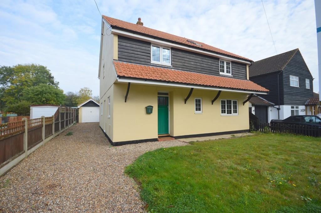 4 Bedrooms Detached House for sale in Wivenhoe Road, Alresford