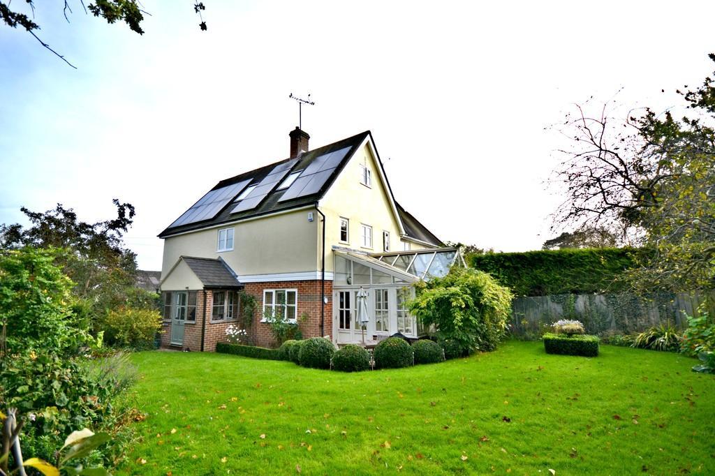 5 Bedrooms Semi Detached House for sale in Hamel Way, Widdington