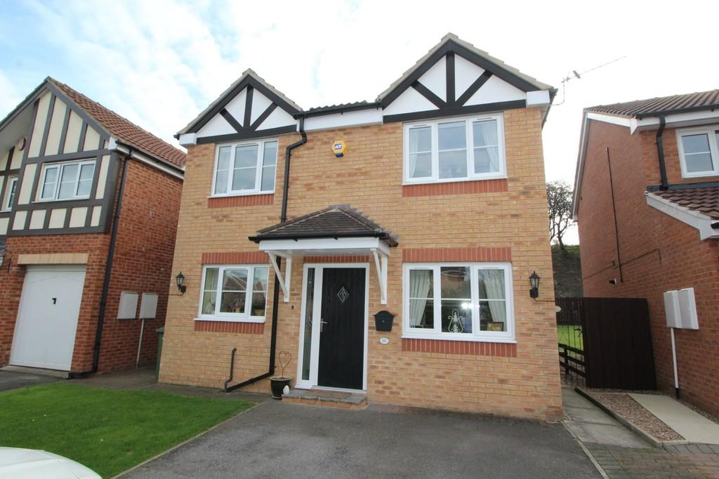 4 Bedrooms Detached House for sale in Rosemount Drive, Normanton