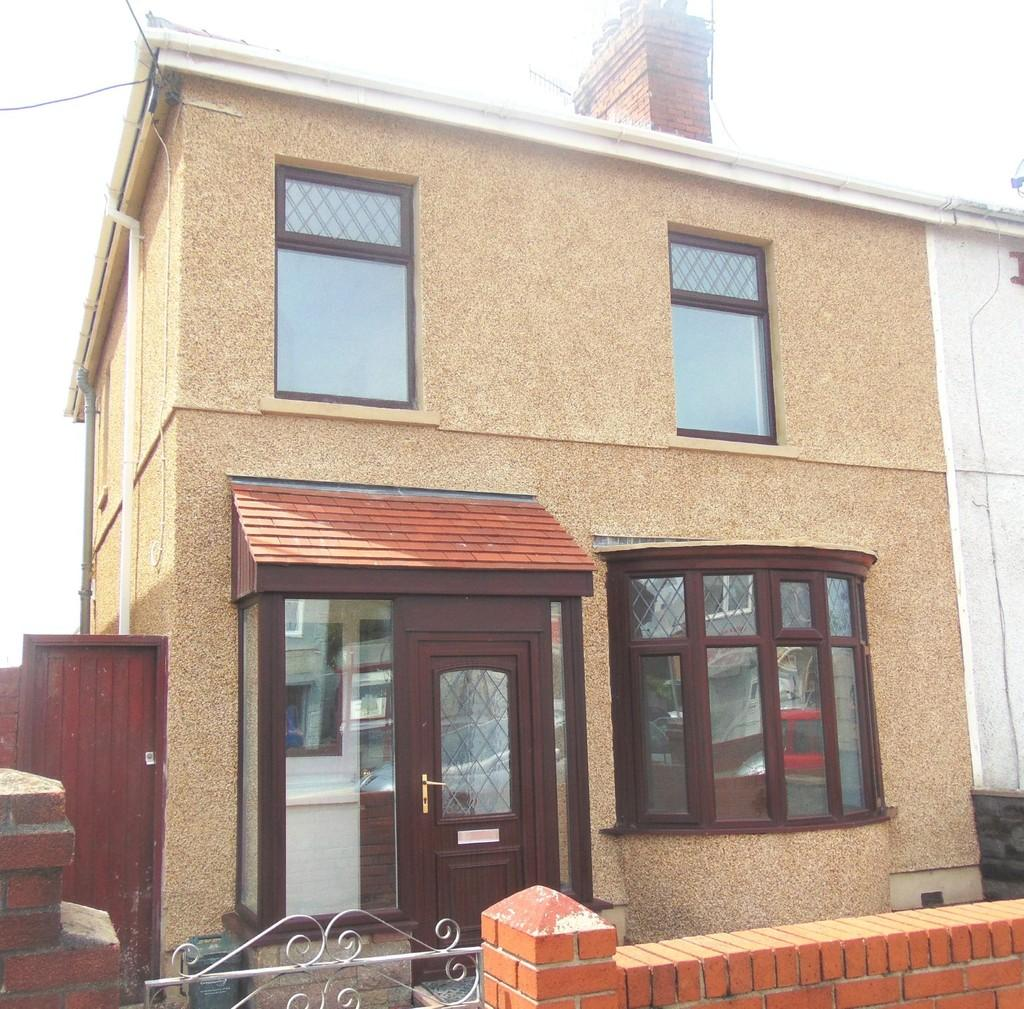 3 Bedrooms Semi Detached House for sale in Nantydd Terrace, Llanelli