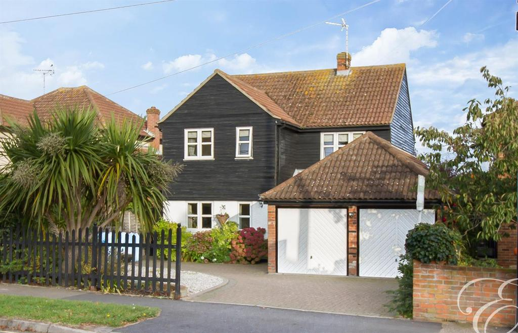 4 Bedrooms Detached House for sale in Kingsland Road, West Mersea, Colchester