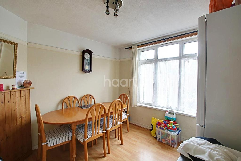 3 Bedrooms Semi Detached House for sale in Biscot Area