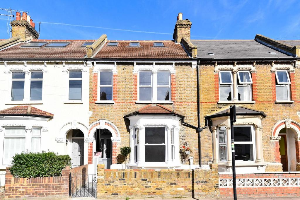 3 Bedrooms Flat for sale in Selkirk Road, Tooting