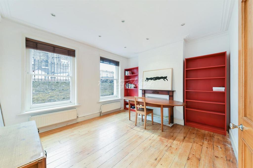 1 Bedroom Flat for sale in Eagle Mansions, N16