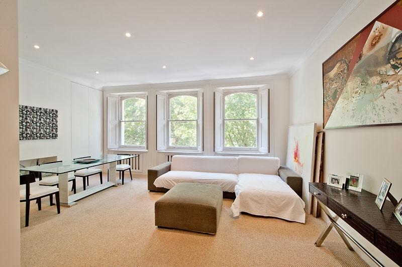 1 Bedroom Flat for sale in Beaufort Gardens, Knightsbridge SW3