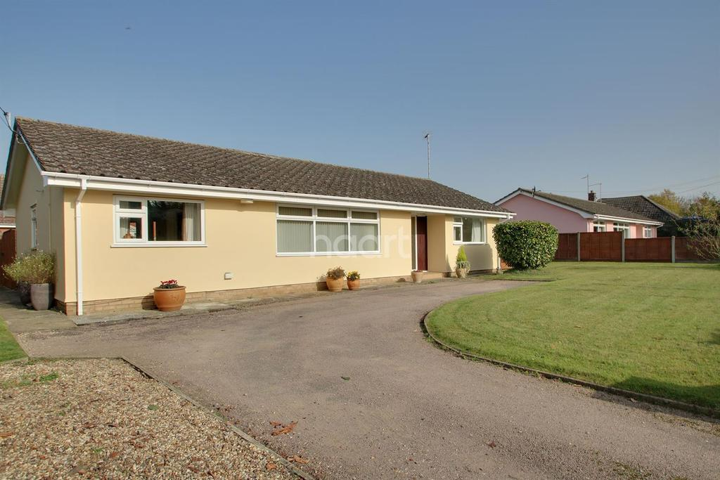 3 Bedrooms Bungalow for sale in Old Norton Road Thurston