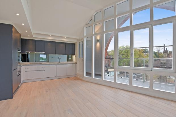 2 Bedrooms Apartment Flat for sale in Winchester Hall Archway Road, Highgate, N6