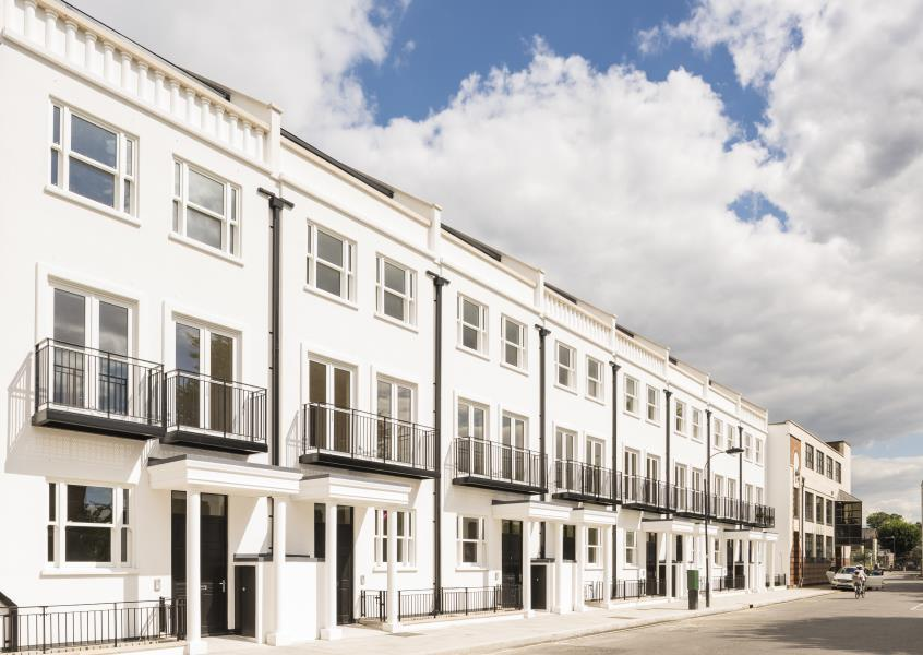 4 Bedrooms House for sale in Merchant Terrace, Ravenscourt W6
