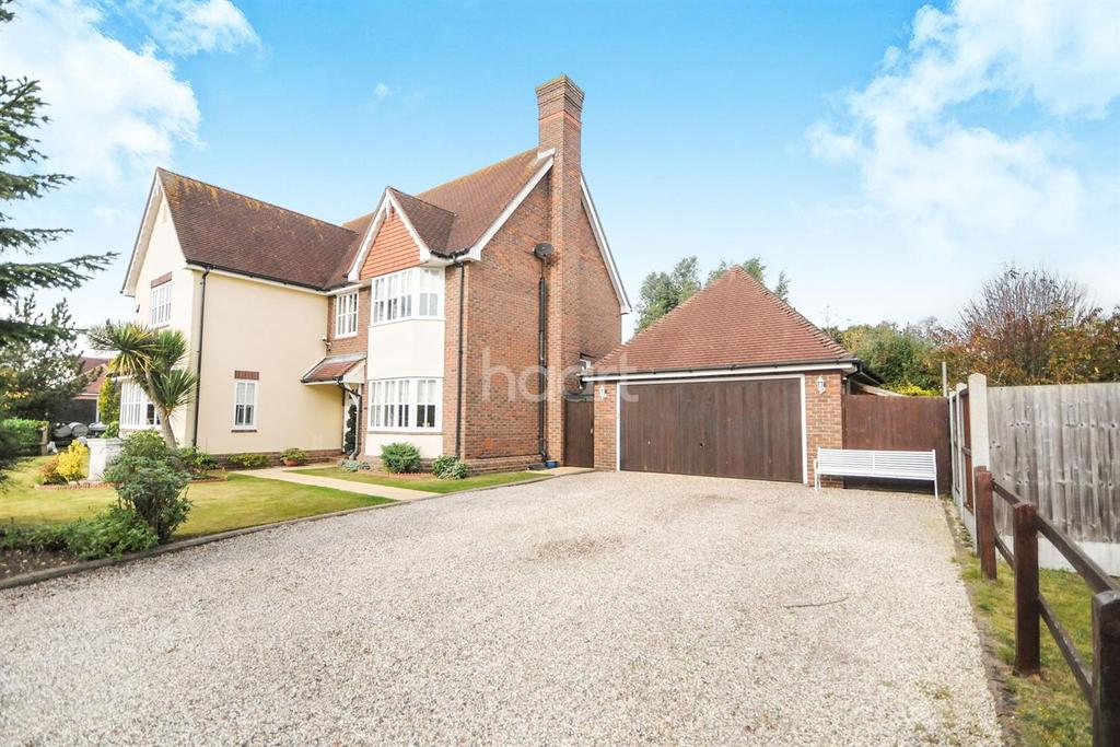 5 Bedrooms Detached House for sale in Burnham-on-crouch