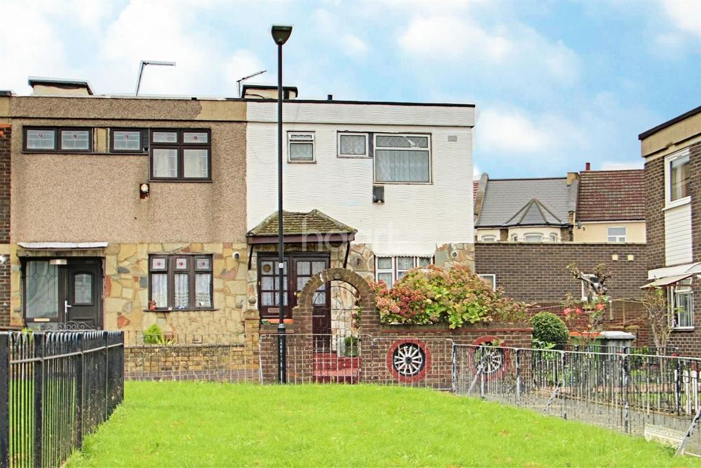 3 Bedrooms End Of Terrace House for sale in Seaton Close, Plaistow