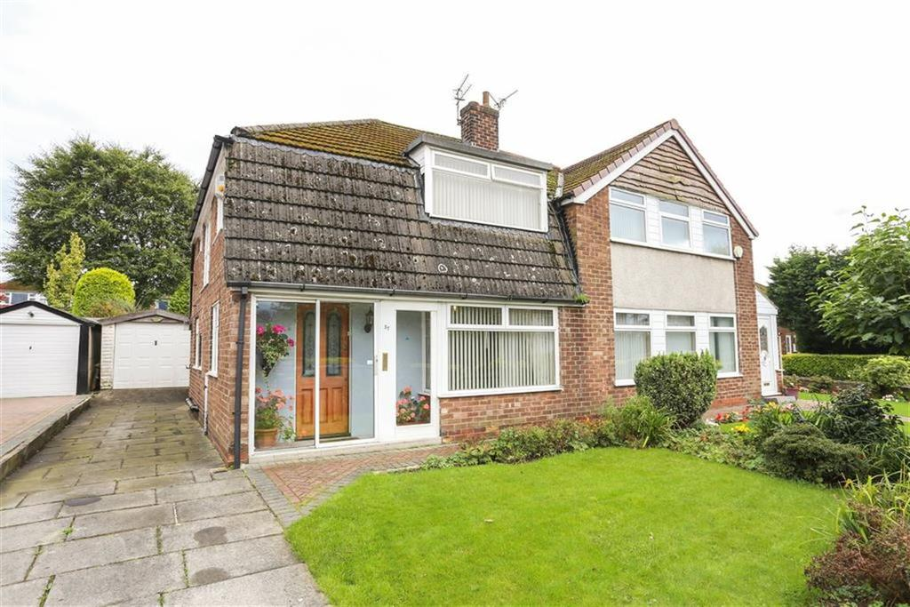 3 Bedrooms Semi Detached House for sale in Sunnybank Avenue, Heaton Mersey