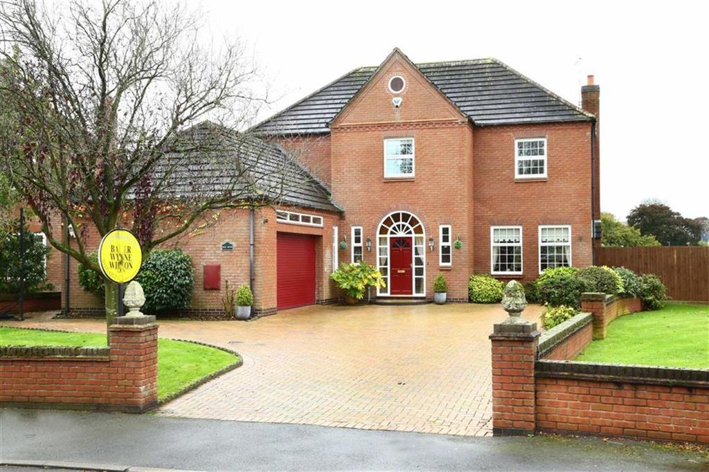 5 Bedrooms Detached House for sale in Fairways Drive, Whitchurch, Shropshire