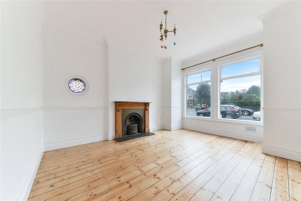 5 Bedrooms End Of Terrace House for rent in Fairmile Avenue, Streatham, London, SW16